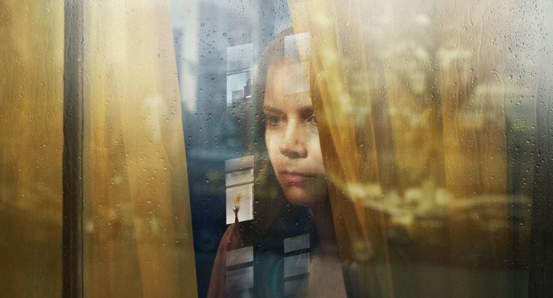 【影評】《窺探》評價不如預期、結局有氣無力,艾美亞當斯成本片救星