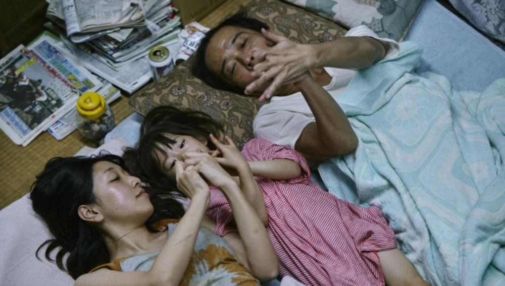 第42屆日本電影金像獎(日本奧斯卡)得獎名單出爐!《一屍到底》、《小偷家族》共同角逐最佳影片!
