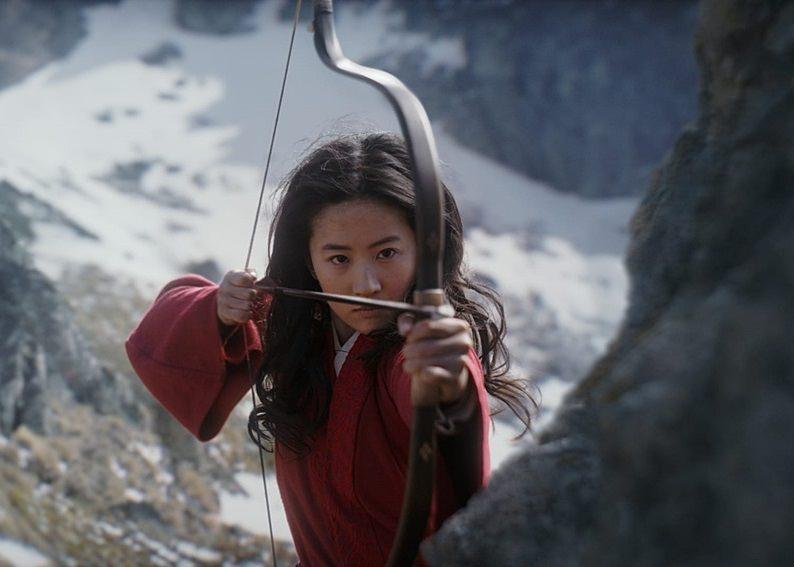 【影評】《花木蘭》自作聰明的改編,反讓電影失去精髓。