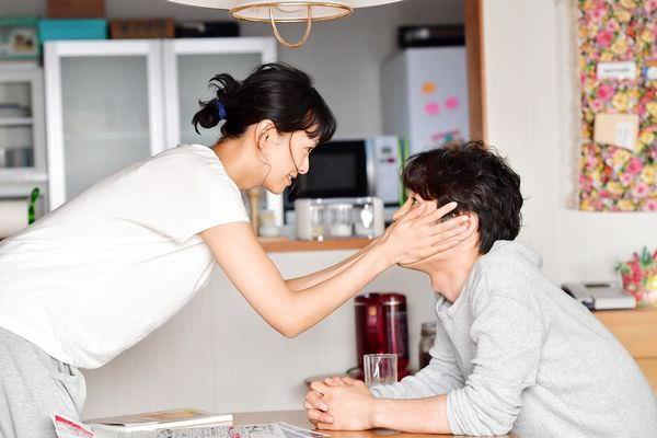 每天回家老婆都在裝死影評心得;每天回家老婆都在裝死影評心得